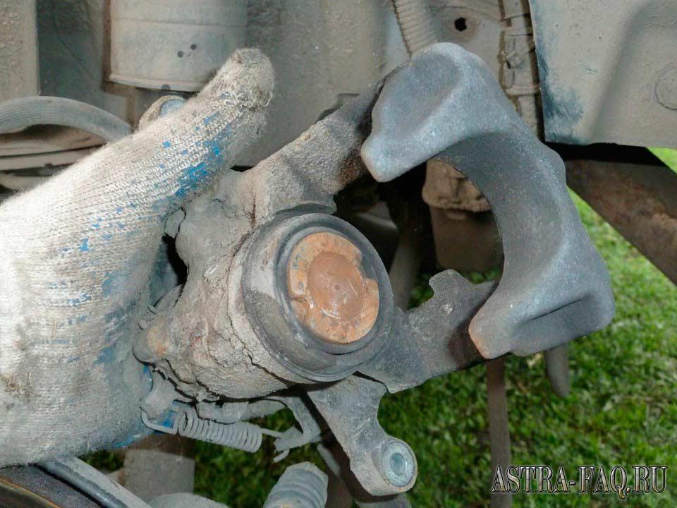 Снять рулевую рейку форд фокус 2